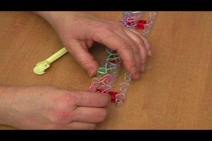 Loom-Armband selber knüpfen
