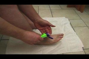 Was tun gegen Fußschmerzen? - So helfen Sie sich mit Hausmitteln