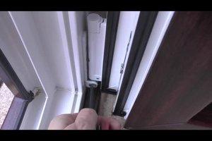 Die Balkontür einstellen - so justieren Sie sie richtig
