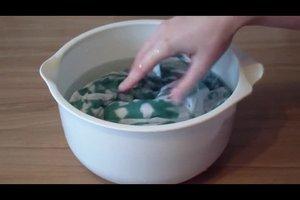 Seide waschen - so pflegen Sie empfindliche Stoffe