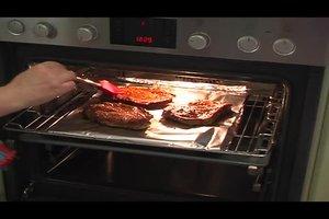 Grillfleisch im Ofen grillen - Tipps