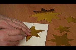 Mit Goldfolie basteln - so gelingen Sterne