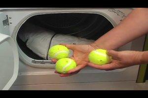 Daunenjacke trocknen und waschen - so geht's richtig
