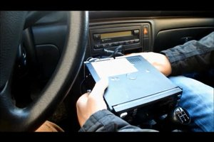 Anleitung - Autoradio anschließen