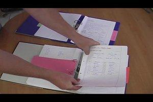 Schulordner strukturieren - ein Ordner für alle Fächer