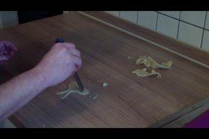 Marzipanschleife - so gelingt die phantasievolle Tortendeko