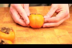 Sharonfrucht richtig essen