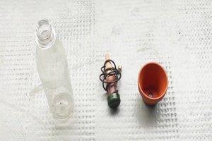 Bewässerung mit Flaschen - so geht´s bei Tomaten
