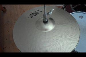 Schlagzeug lernen kostenlos - so bringen Sie sich einen einfachen Rhythmus bei