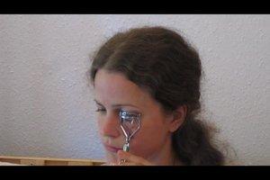 Wie benutzt man eine Wimpernzange? - So klappt´s
