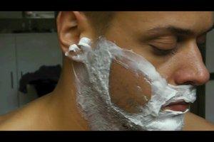 Barthaare schneiden mit dem Rasiermesser - Anleitung
