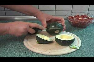 Runde Zucchini gefüllt mit Hackfleisch - ein Rezept