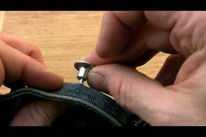 Jeansknopf anbringen - so geht´s