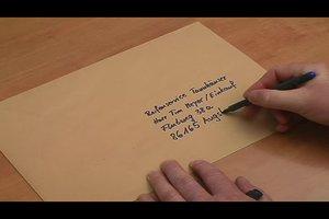 Einen C4-Umschlag beschriften - so machen Sie es korrekt