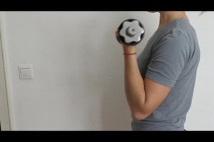 Effektive Übung gegen Winkearme