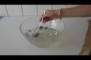 Hausmittel gegen Falten im Gesicht verwenden