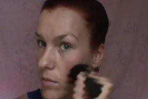 Das Gesicht dünner machen - so schminken Sie sich richtig