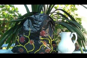 Blumentopf verpacken - so werden Pflanzenkübel zu einem schönen Geschenk