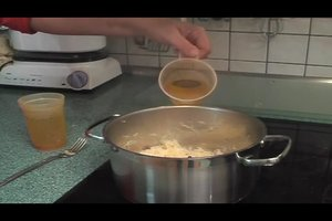 Frisches Sauerkraut kochen - so geht es ganz einfach