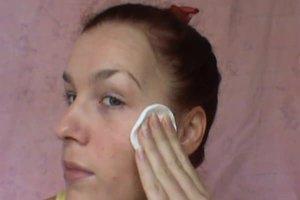 Trockene Augenlider - das können Sie tun