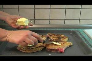 Kotelett im Backofen - so wird es zart für Gäste