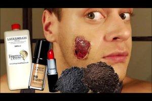 Zombie-Kostüm - so gelingt ein blutrünstiges Spezialeffekt-Make-up