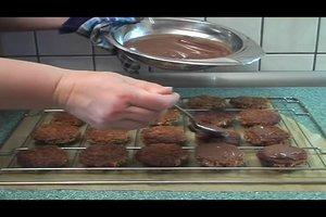 Lebkuchen backen - ein einfaches Lebkuchen-Rezept