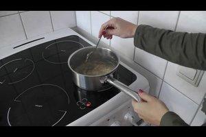 Haferschleimsuppe zubereiten - so geht's