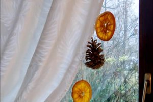 Weihnachtsfenster-Dekoration - so gelingt sie