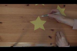 Tischkarten für Weihnachten selber machen - eine festliche Bastelanleitung