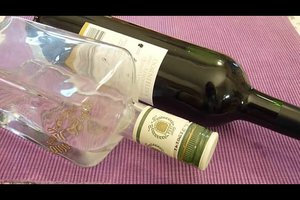 """""""Was hilft gegen Übelkeit nach Alkohol?"""" - Diese Hausmittel könnten helfen"""