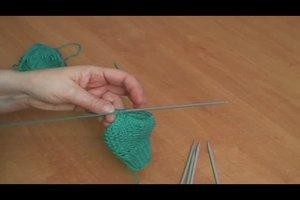Babyhandschuhe stricken - einfache Anleitung