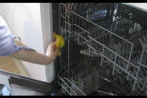 Geruch in der Spülmaschine - das können Sie dagegen tun