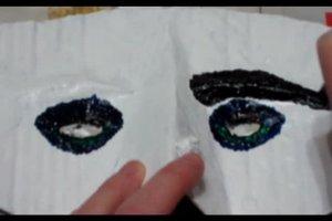 Halloween-Masken selber machen - so werden Sie zur Hexe