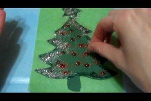 Weihnachtliche Fensterbilder basteln - so geht's