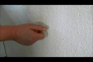 Wand ausbessern - so stopfen Sie Löcher in den Wänden