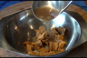 Sauerbratensoße selber machen - ein einfaches Rezept