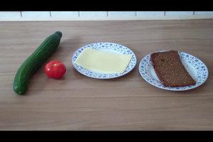 Frühstück kalorienarm zubereiten - so rücken Sie dem Hüftspeck auf den Leib