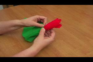Kreppblumen basteln - Anleitung