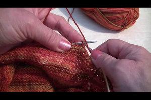 Stricken - Abketten für den Halsausschnitt