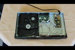 DVD-Player defekt - so reinigen Sie das Laufwerk