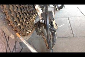 Fahrradkette springt - so beheben Sie das Problem