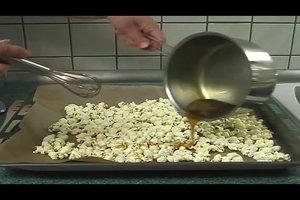 Süßes Popcorn selber machen - so geht's
