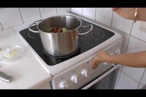 Rhabarberschorle - so mixen Sie das erfrischende Getränk