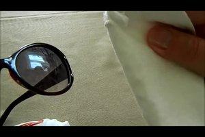 Zerkratzte Brillengläser - so beheben Sie den Schaden