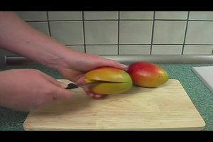 Mangokern einpflanzen - so gelingt die Anzucht
