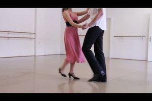 Tanzschritte beim Discofox - einfach erklärt