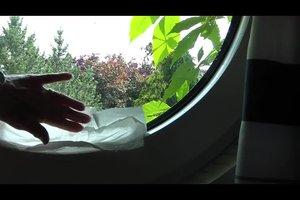Kalkflecken am Fenster entfernen - so klappt's