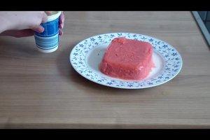 Erdbeersorbet ohne Eismaschine zubereiten - Rezept