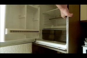Einbaukühlschrank ausbauen - so machen Sie es richtig